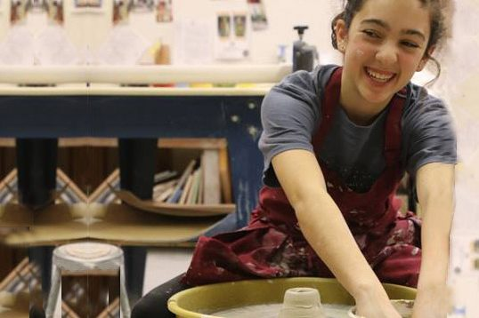 teen pottery class